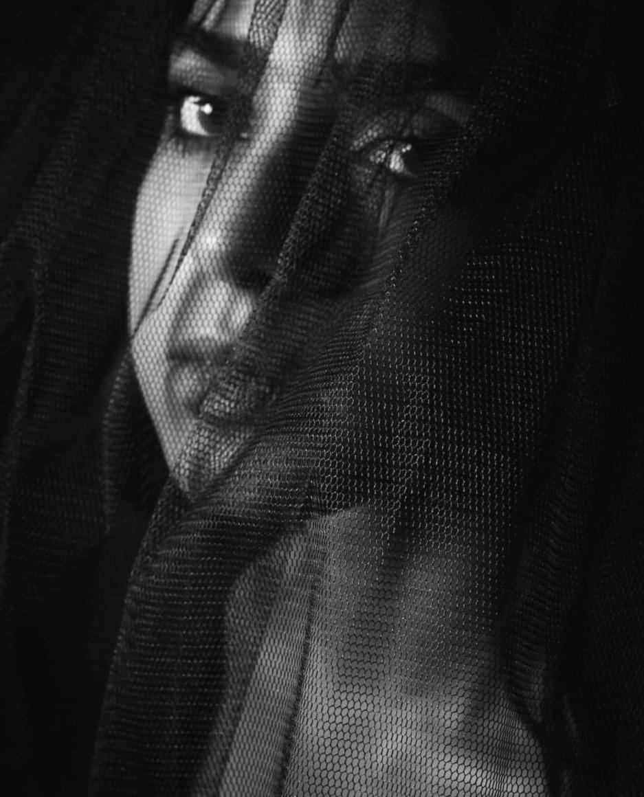 Hear My Message - by Reem Waleed (Photo by Fatima Al Nabouda)